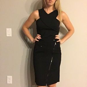 DKNY pencil skirt with zipper detail size 4
